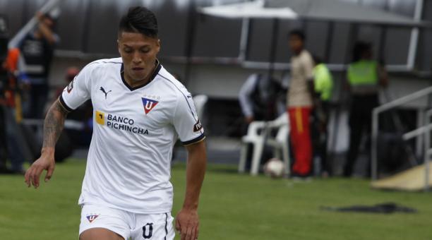 Luis Ayala se entrena y hace oficio en casa | Últimas Noticias