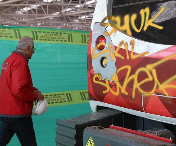 Resultado de imagen para graffitis metro uio