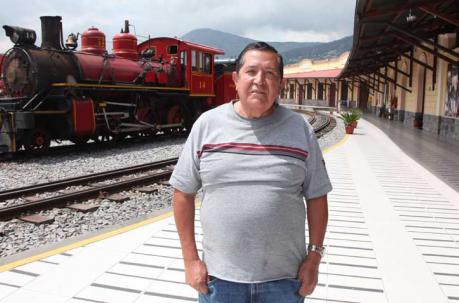 Antonio Silva es uno de los personajes destacados del barrio del sur. Foto: Paúl Rivas / ÚN